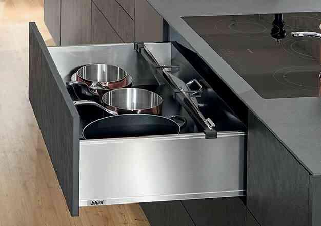 מגירות לגראבוקס (LEGRABOX) למטבח מבית Blum | בלורן מוצרי פרזול איכותיים למטבח