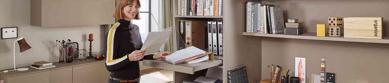 פתרונות סדר ואחסון לסלון - פתרונות פרזול ועיצוב לסלון
