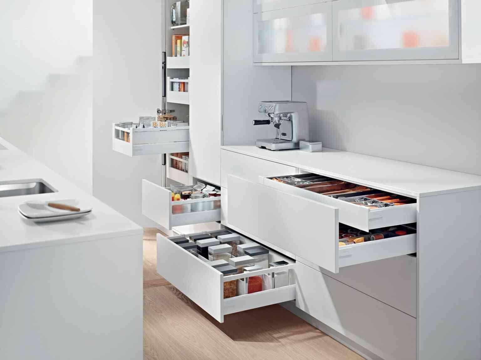 מגירות אנטארו T למטבח | בלורן מוצרי פרזול איכותיים למטבח